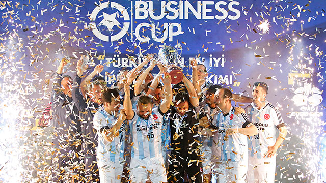 Türkiye'nin en iyi şirket futbol takımı Anadolu Sigorta