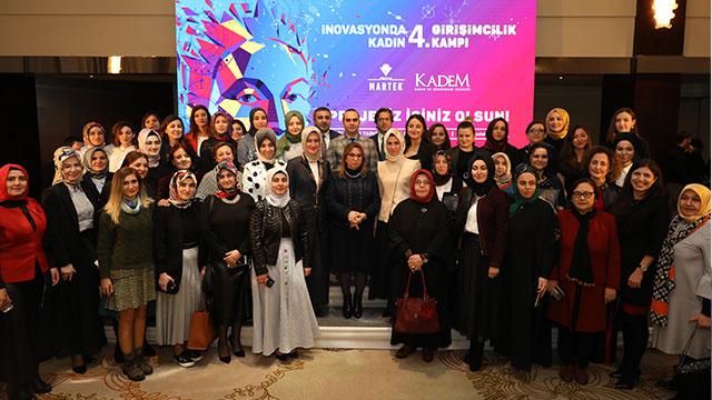 Girişimci kadınlar KADEM'den ödüllerini aldı