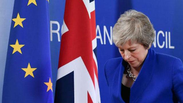 May, Brexit'e erteleme istedi