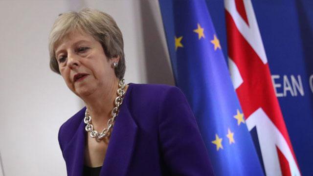 Brexit her çeyrekte 6.6 milyar sterlin götürdü
