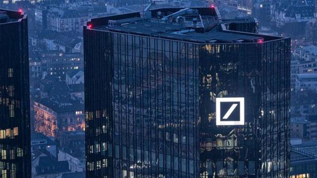 Deutsche Bank hisseleri tarihin en düşük düzeyinde
