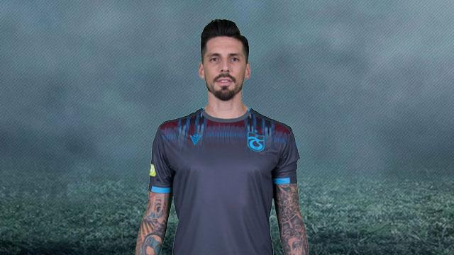 Trabzonspor'un yeni sezon formaları 'Macron' imzası taşıyor