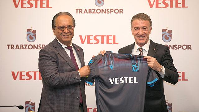 Trabzonspor'un forma göğüs sponsoru Vestel oldu