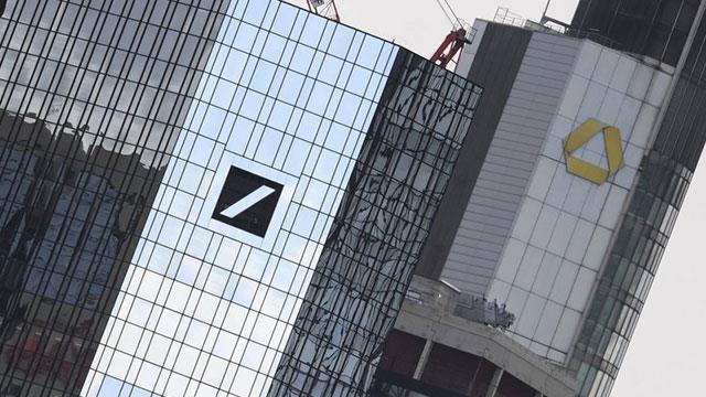 Deutsche Bank'tan üçüncü çeyrekte 832 milyon avro zarar