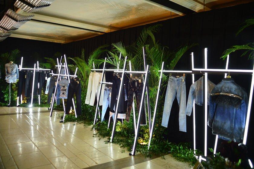 Jean'de yerli bir marka: Deepsix