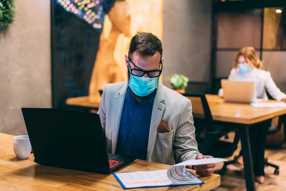 Ofis ve dükkanlar koronavirüsle tehdit altında