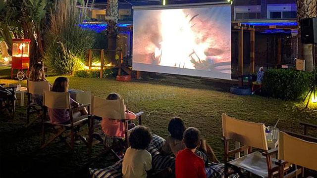 Avantgarde Yalıkavak'ta açık hava sinema keyfi