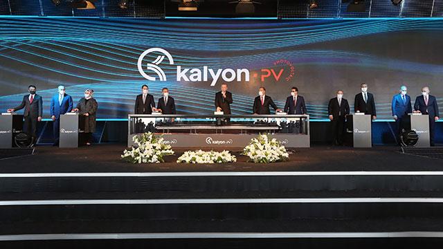 Türkiye'nin ilk entegre güneş paneli üretim fabrikası açıldı