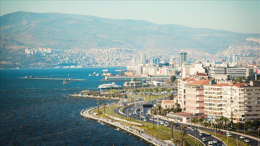 İzmirliler deprem sonrası Aliağa, Alaçatı ve Torbalı'da ev aradı