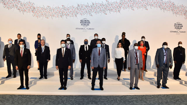 Dünya turizmine yön verenler Global Turizm Forum'da buluştu