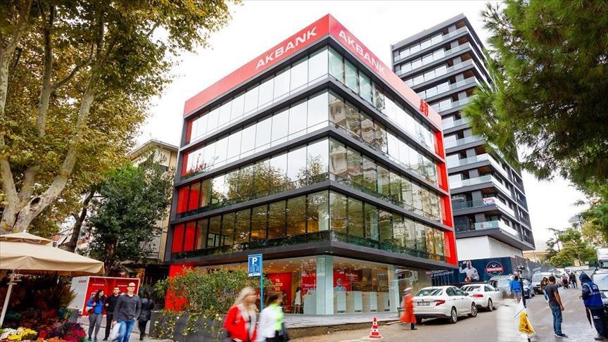 Akbank'tan 3 aya kadar ertelemeli kredi kampanyası