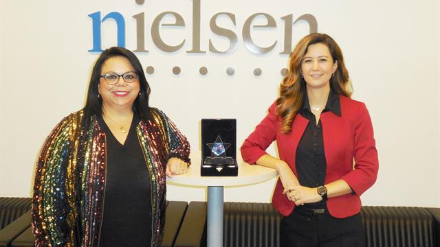 """Nielsen'e """"Uluslararası İş Gücündeki Türk Liderler"""" ödülü"""