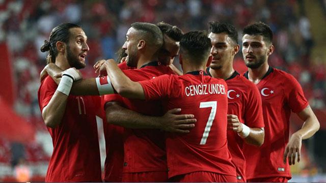 Braun, Türk A Milli Futbol Takımı'na sponsor oldu