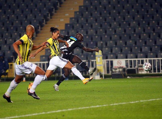 Beşiktaş yatırımcısını sevindirdi, Fenerbahçe üzdü