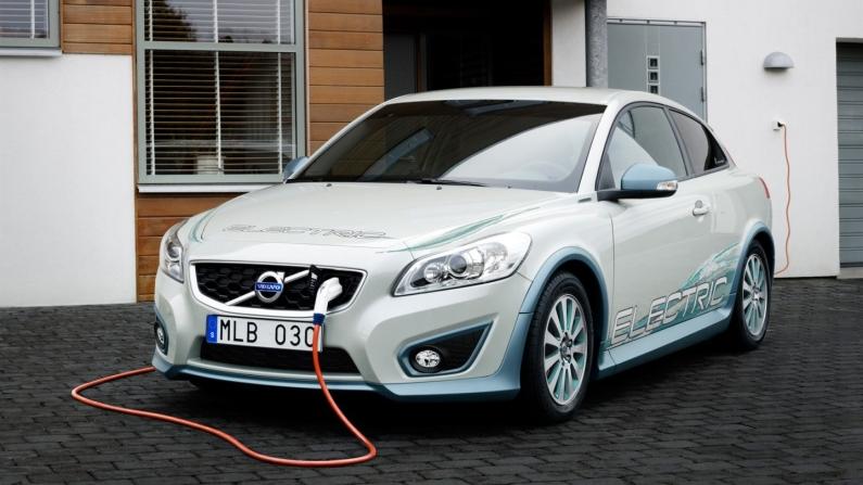 Volvo artık elektrikli araç üretecek