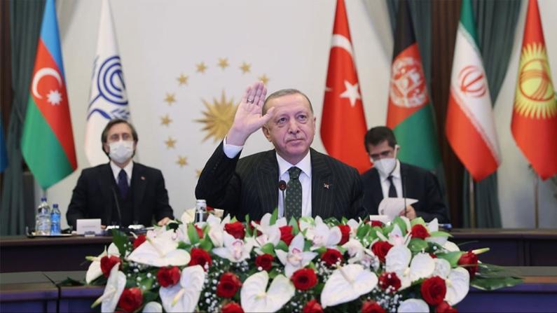 Erdoğan: Tarihi İpek Yolu, doğu ile batı arasındaki etkileşimi artıracak