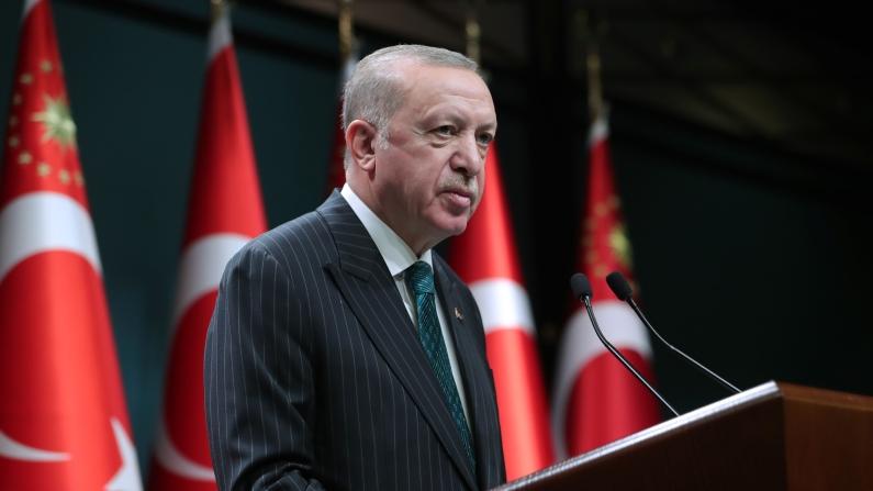 Erdoğan: Ticari araçların en büyük üretim merkezi Türkiye olacak