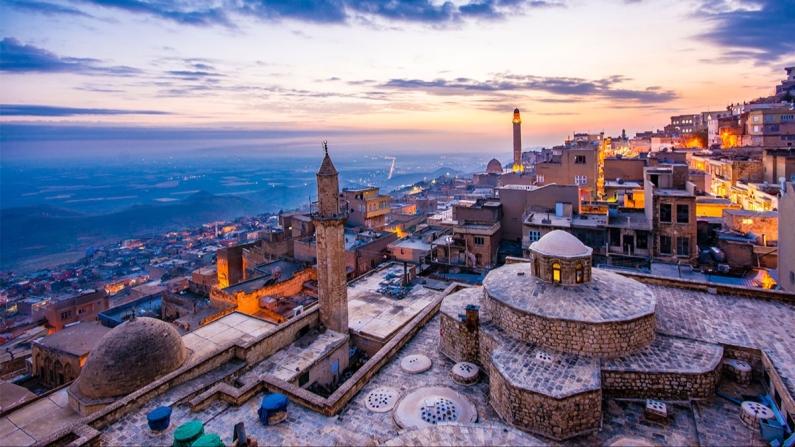 Yola çıktım Mardin'e...