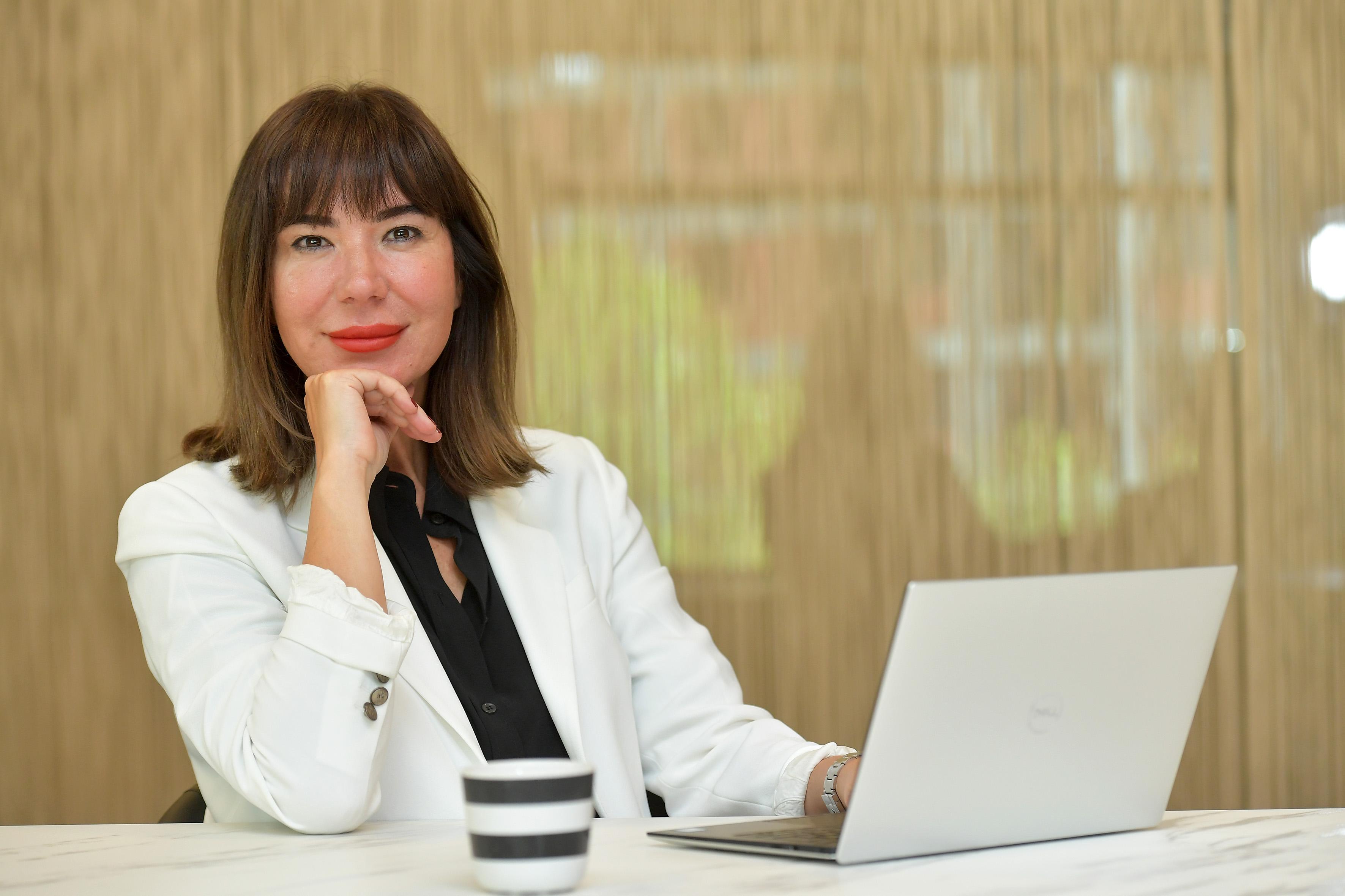 Işıl Hasdemir: Problemlerin üstesinden gelmek tamamen biz kadınların elinde