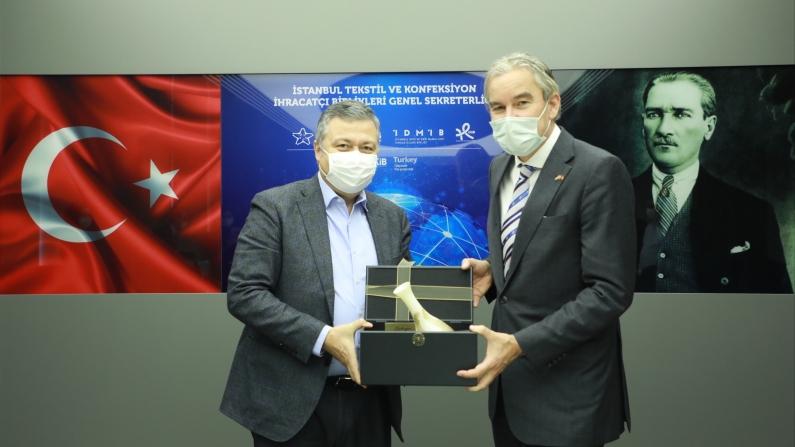 Türk tekstili ve Hollanda geri dönüşümde iş birliğine hazır