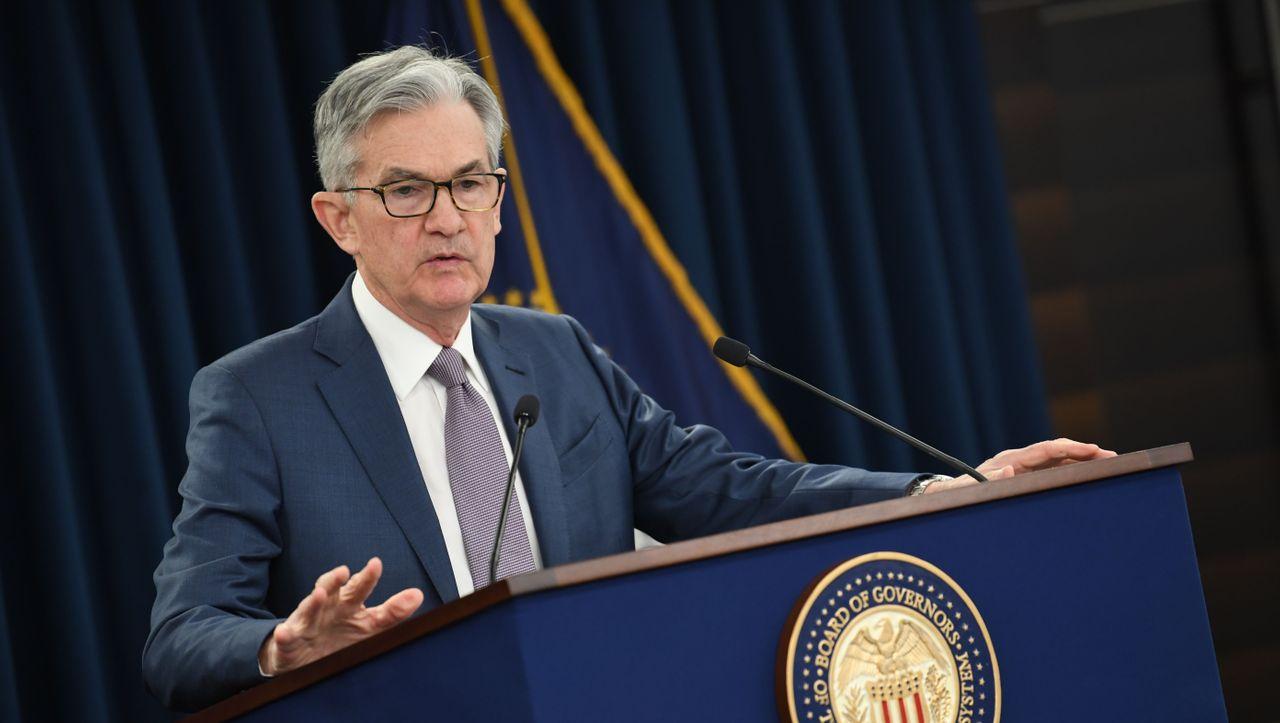 Fed: Enflasyonun hedefin çok üzerine çıkmasına izin vermeyeceğiz