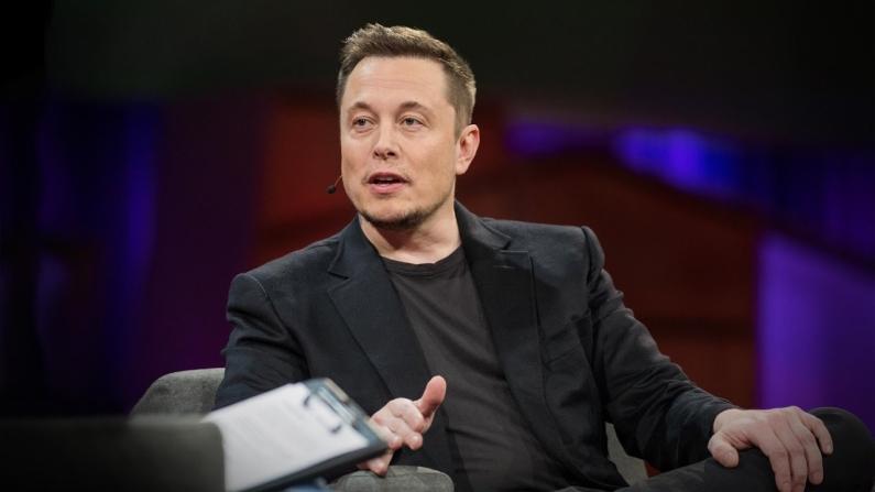 Elon Musk 100 milyon dolar verecek