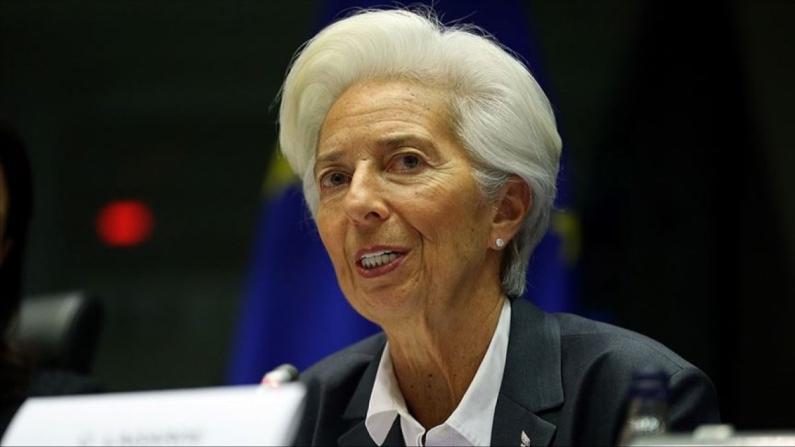 Lagarde'den fiyat istikrarı ve para politikası uyarısı