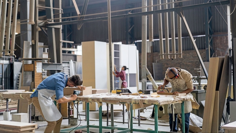 Türkiye: Mobilya üretim fabrikası