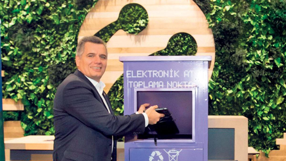 Yeniliklerin öncüsü Turkcell, sektörün ilk entegre faaliyet raporunu yayınladı