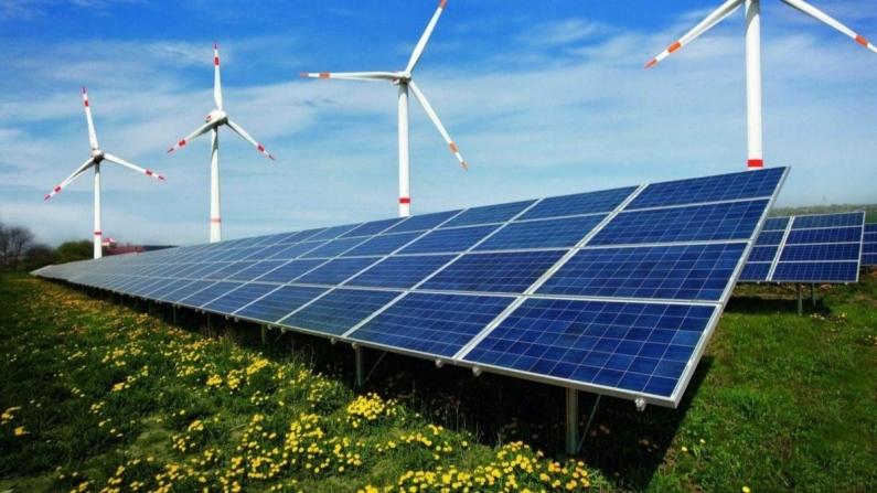 Yenilenebilir enerjide güneş ve rüzgar gücünü eşitledi
