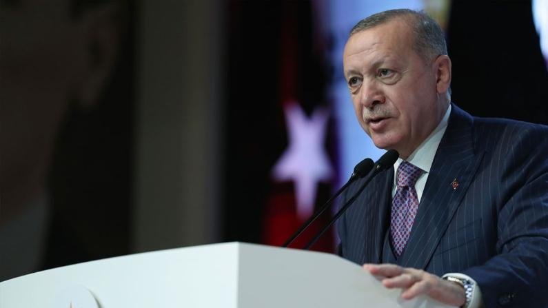 Erdoğan: Ekonomide ciddi bir toparlanma bekliyoruz