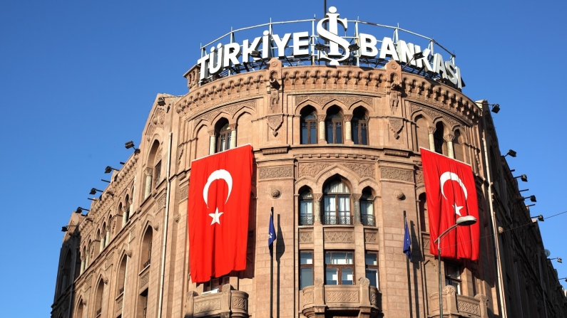 İş Bankası'na  1 milyar dolar sendikasyon kredisi