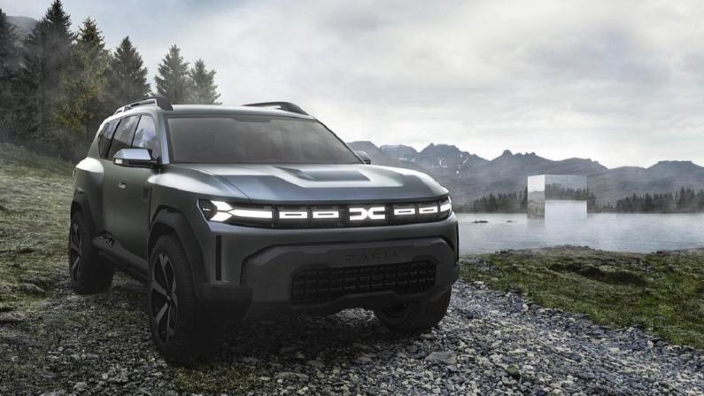 Dacia yeni logosu ile görücüye çıktı