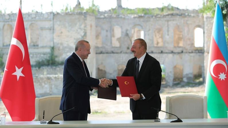 Erdoğan: TAP ve TANAP'taki birlikteliğimizi Aliyev ile Libya'da da yapabiliriz