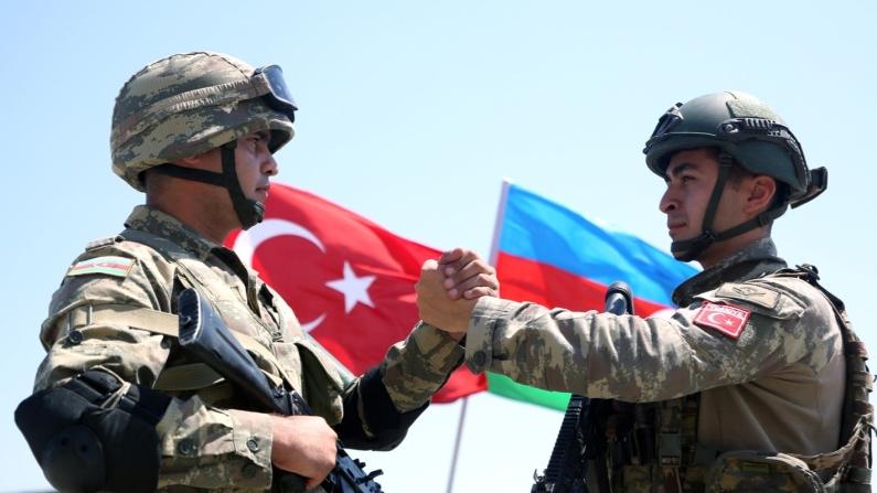 Türkiye'den giden milli teçhizatlar Karabağ'daki hani tuzakları imha ediyor