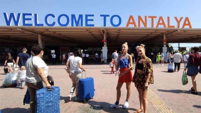 Antalya'ya Ruslardan yoğun ilgi