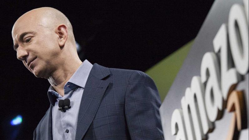 Jeff Bezos görevi bıraktı