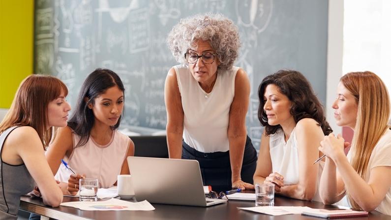 Kadınların varlığı, iş hayatındaki başarıda büyük rol oynuyor