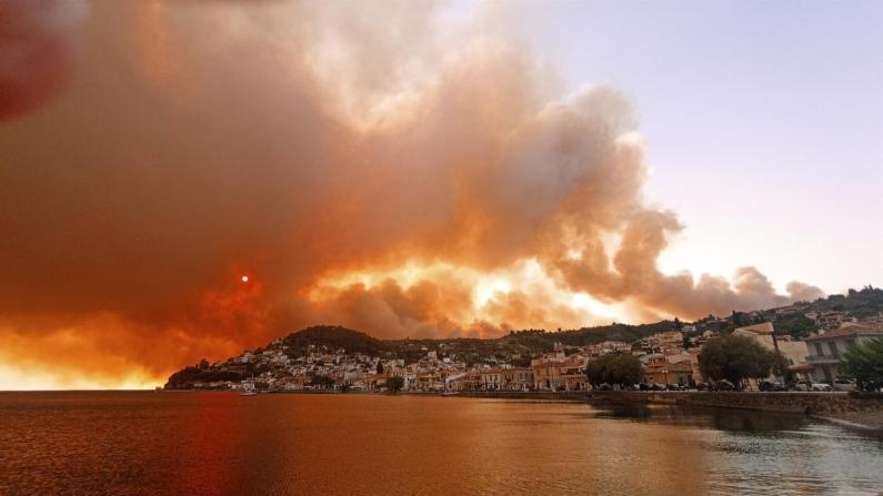 Yangınlar, Türkiye ve Yunanistan rezervasyonlarını etkilemedi