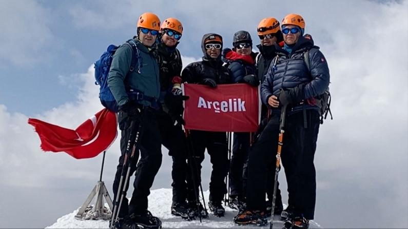Arçelik yöneticileri Ağrı Dağı'na tırmandı