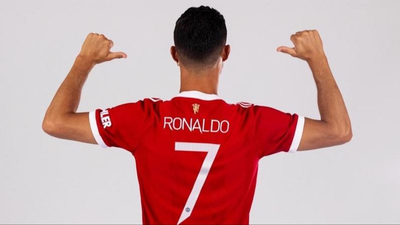 ManU Ronaldo ile uçuşa geçti