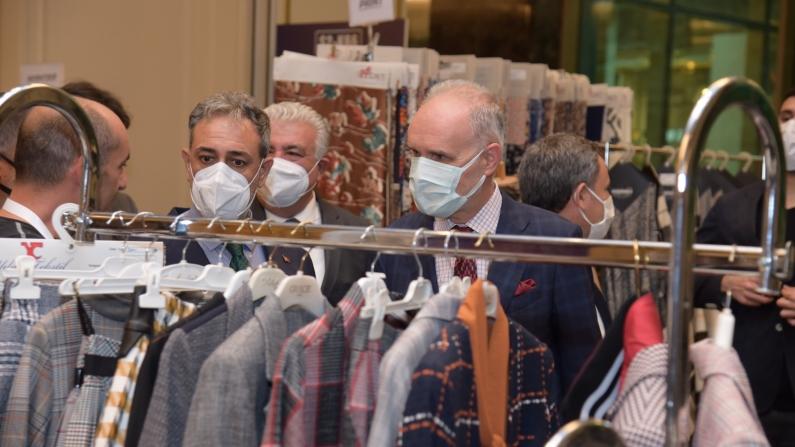 Kumaş ve tekstil ithalatçıları İstanbul'da buluştu