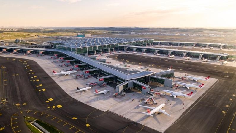 İstanbul Havalimanı'ndan 100 milyon yolcu geçti