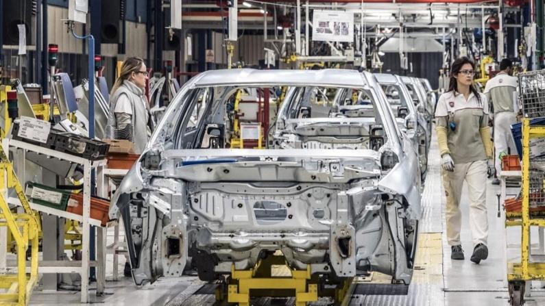 Otomobil ve HTA pazarı yüzde 13,1 büyüdü