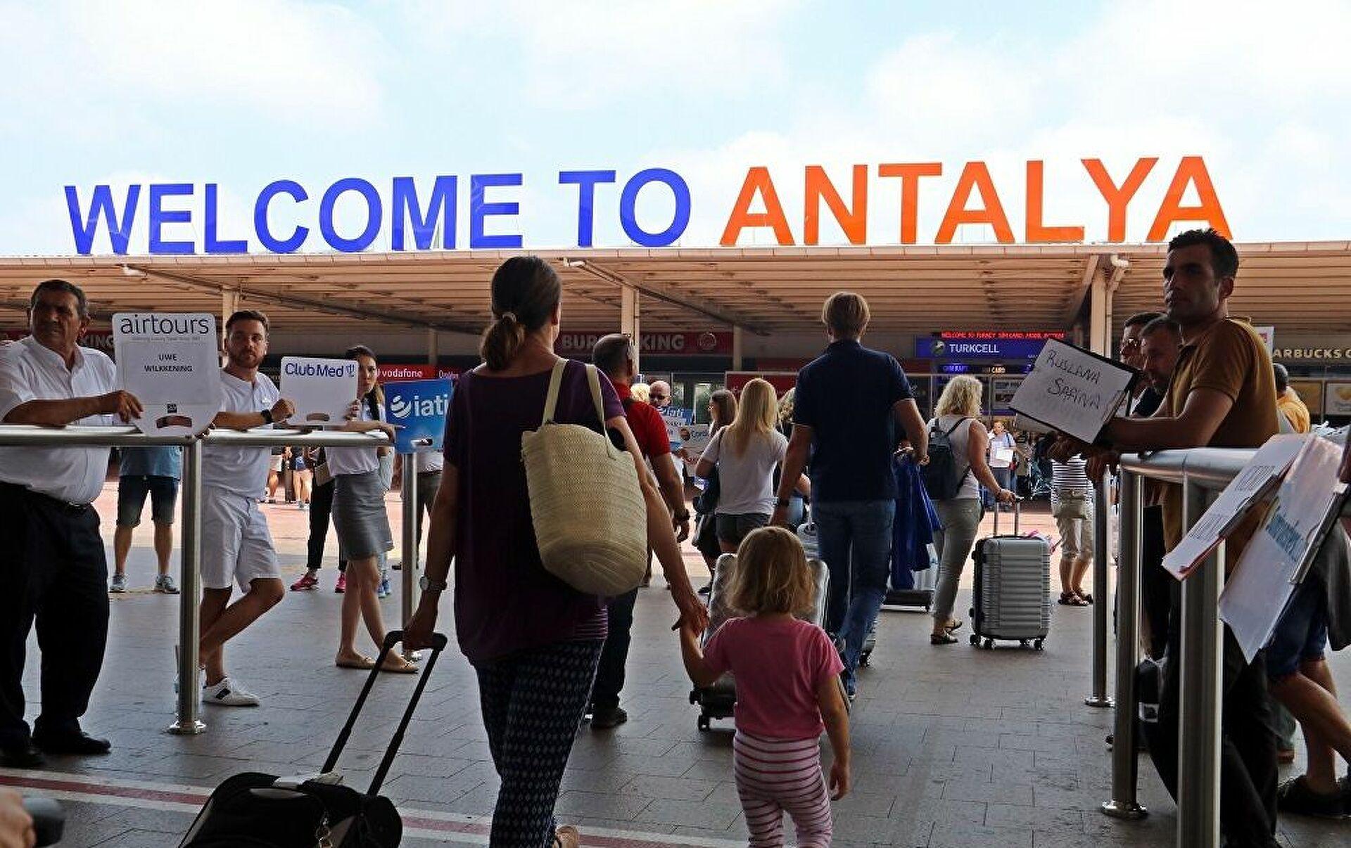 Antalya'da turist sayısı yüzde 162 arttı